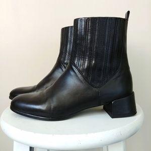 Stuart Weitzman Chelsea Boots Black Block Heel 8